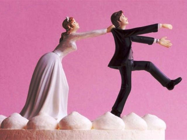 Жениться стали реже
