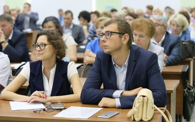 Глеб Никитин обсудил с педагогами региона будущее сферы образования