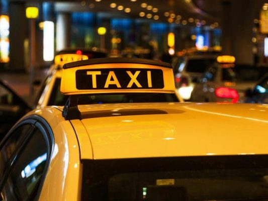 «Такси» для малолеток