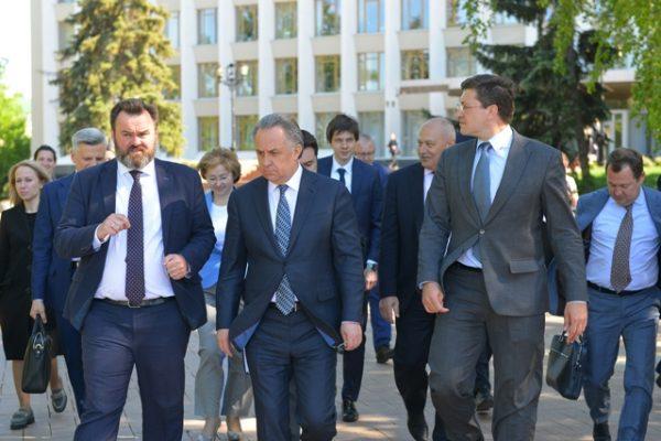 Глеб Никитин подписал соглашение с Фондом ЖКХо расселении ветхого жилья