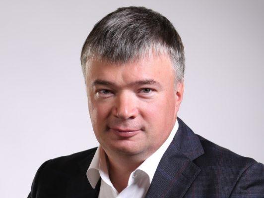 Депутат Госдумы Артем Кавинов поздравил нижегородцев с Днем работников торговли!