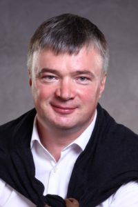 Депутат Госдумы поздравил нижегородцев с Днем семьи, любви и верности.
